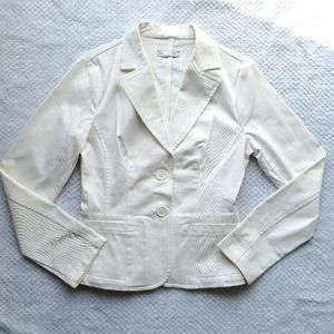 Tref/ Ivory Denim Jacket/ Size Large